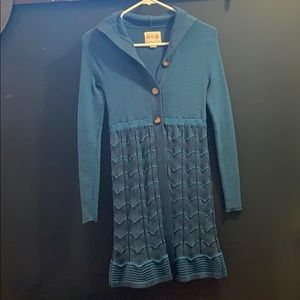 Title Nine brand woman's sweater tunic